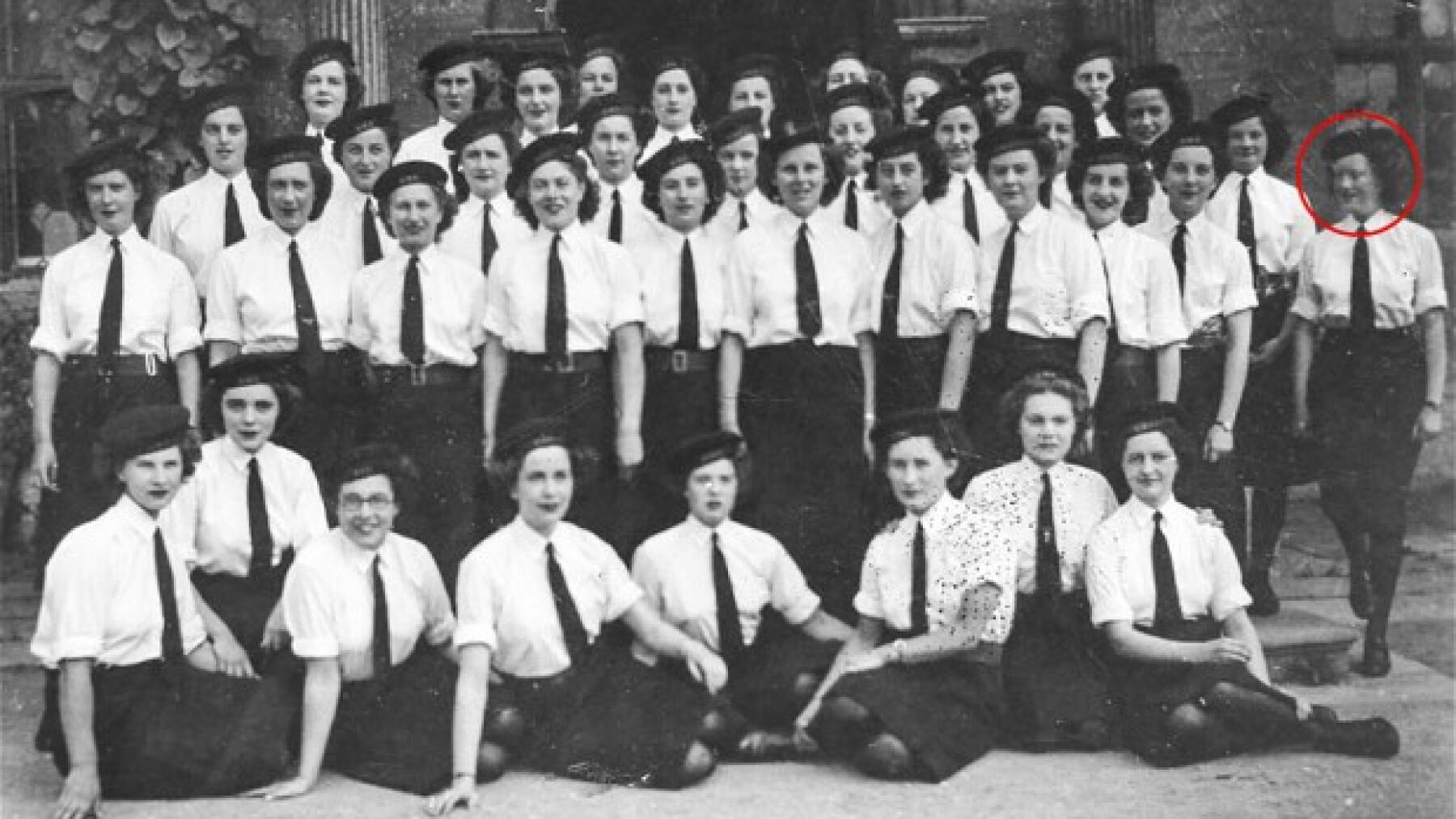 Joanna and her fellow codebreakers at Bletchley Park, 1945. Photo: Geoff Robinson